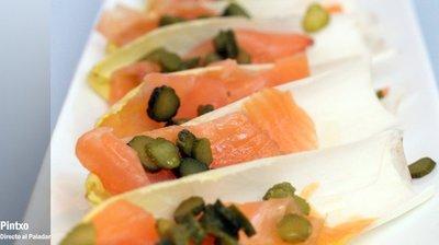 Receta de ensalada de endivias y salmón ahumado