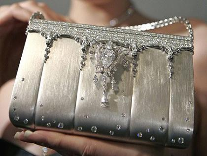 Bolso de diamantes y platino