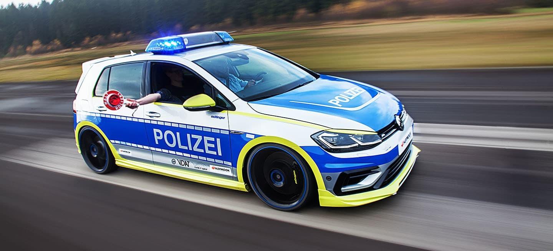 Foto de Polizei Golf creado por Oettinger y Hankook (10/13)