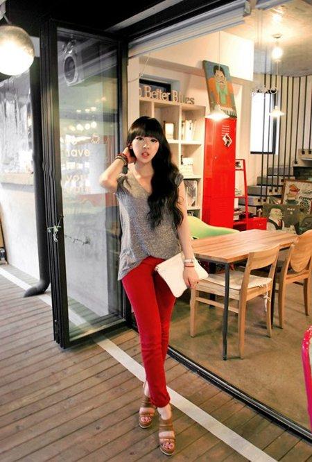 Pantalones rojos Yoo