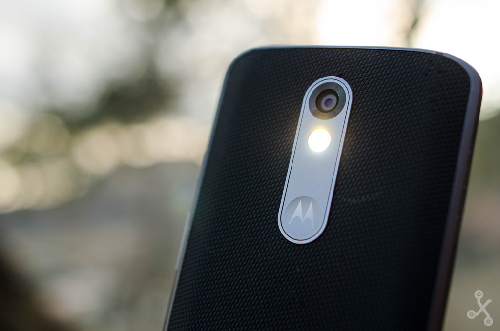 Moto X Force flash