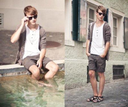 Moda para hombres: sí a las sandalias y a las bermudas para el verano