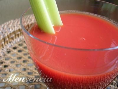 Zumo de tomate, fuente antioxidante para nuestro cuerpo