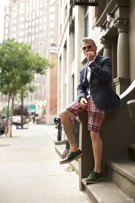 La combinación de blazers y shorts se apoderan del mejor street style de la semana