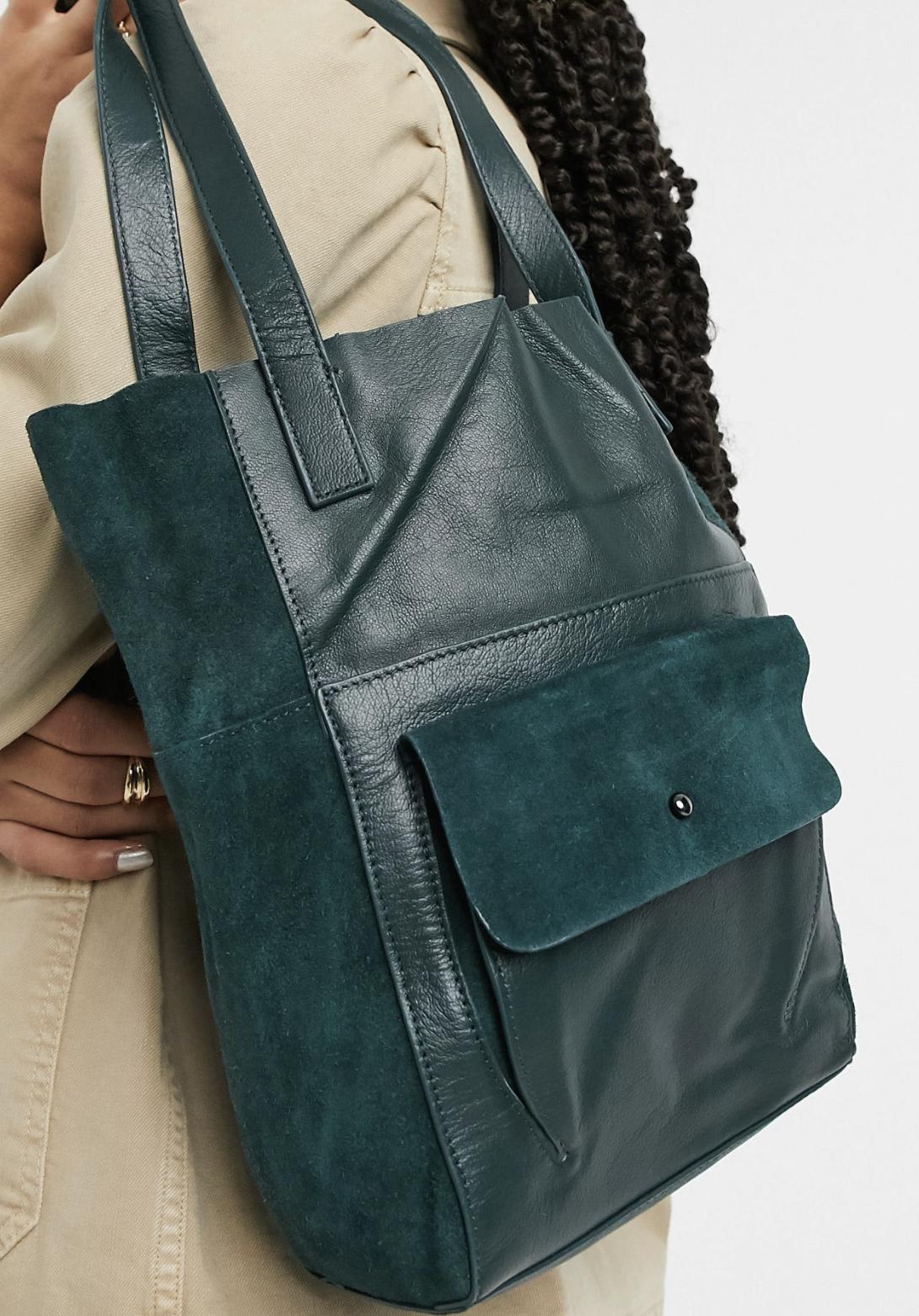 Bolsa tote verde oscuro de cuero con bolsillo de ante de Urbancode