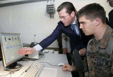 La UE ficha al polémico Karl-Theodor zu Guttenberg para defender Internet y los Derechos Humanos