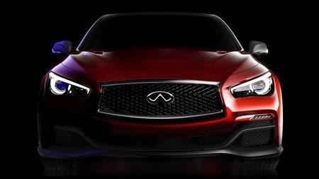 Esperando al Infiniti Q50 Eau Rouge Concept, con vídeo