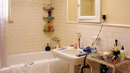 Carrie Bradshaw Bathroom Old