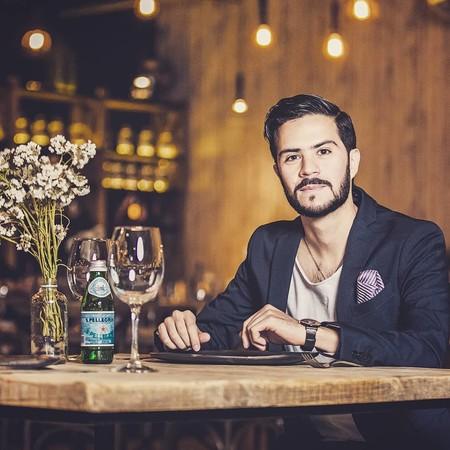 El arte de cocinar con flores del chef mexicano Naguib Kuri