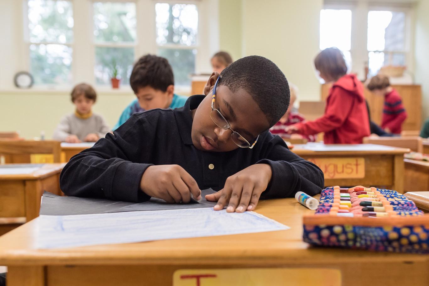 Por qué los grandes CEOs no dejan que sus hijos se acerquen a la tecnología (y a qué colegios los llevan)