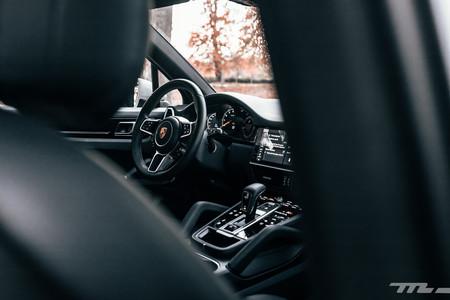 Porsche Cayenne S puesto conducción