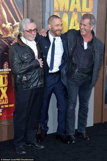 George Miller, Tom Hardy y Mel Gibson en la premiere de Mad Max Fury Road