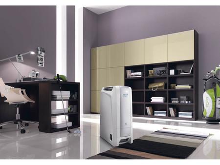 Por 199 euros tienes deshumidificador, ionizador y purificador de aire con el DeLonghi Aria Dry Light