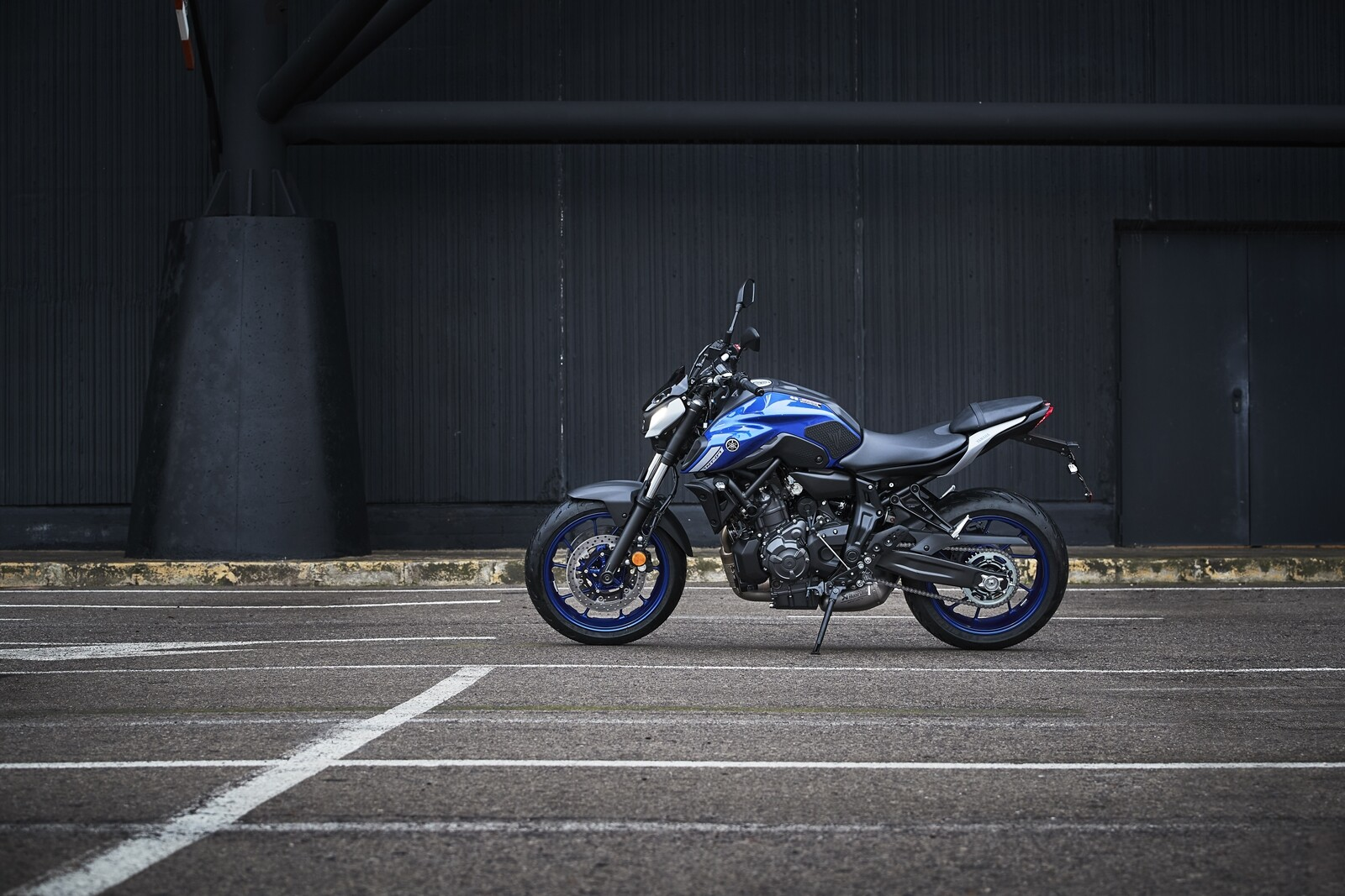 Foto de Yamaha MT-07 2021, prueba (6/75)