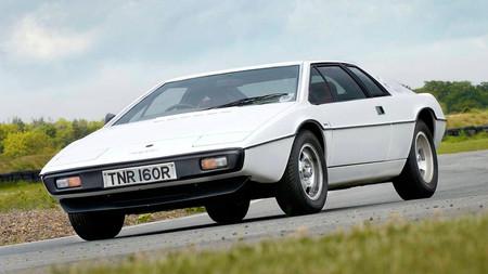¡Regreso al pasado! El Lotus Esprit revivirá en 2022 y será mejor coche que el Evora
