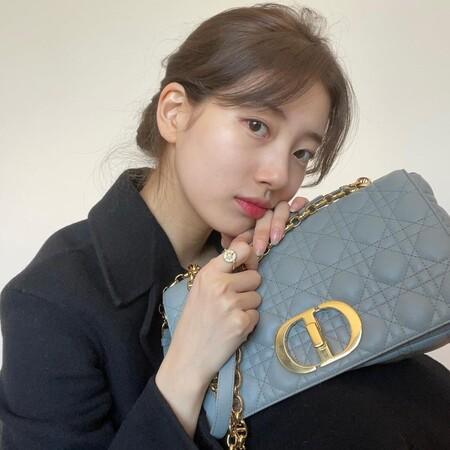 Así es el nuevo bolso de Dior que promete ser el favorito de las celebrities: se llama Dior Caro y es precioso