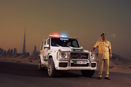 La nueva camioneta de la policía de Dubai es una G63 AMG tuneada por Brabus