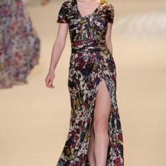 Foto 3 de 32 de la galería elie-saab-otono-invierno-20112012-en-la-semana-de-la-moda-de-paris-la-alfombra-roja-espera en Trendencias