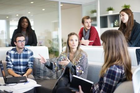 Debatir con personas que opinan diferente no es eficaz para adquirir conocimientos nuevos