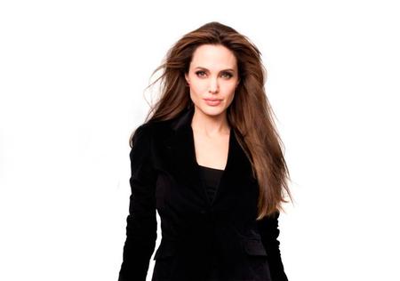 Angelina Jolie será la más mala malosa del reino