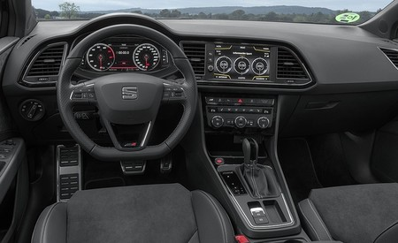 Nuevo Seat Leon St Cupra Black Carbon 8