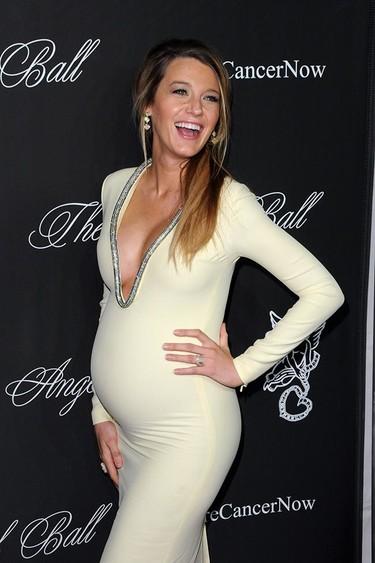 Los mejores looks de embarazada de la ya mamá Blake Lively, ¡enhorabuena!
