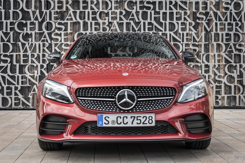 Foto de Mercedes-Benz Clase C 2018, toma de contacto (17/255)