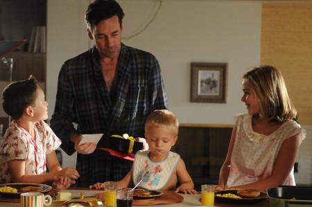 No son perfectos... pero adoramos a estos padres de ficción