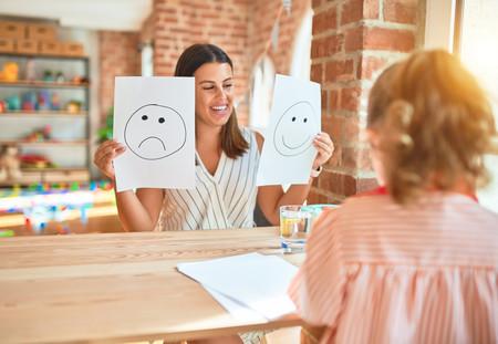 Tarjetas para identificar emociones y ayudar a los niños a expresar lo que les ocurre: un recurso para gestionar las rabietas