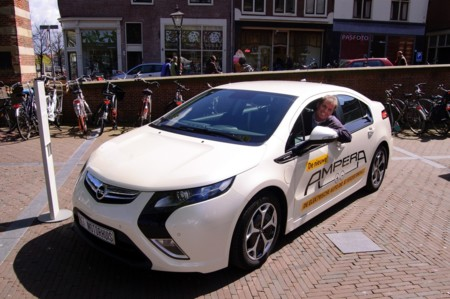 Holanda manosea un plan para prohibir la venta de motorizaciones térmicas a partir de 2025