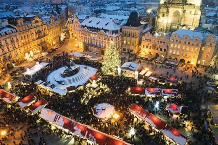 Estas son las ciudades más caras y más baratas para viajar en Navidad