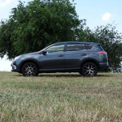 Foto 17 de 25 de la galería prueba-toyota-rav4-hybrid-exteriores-coche en Motorpasión