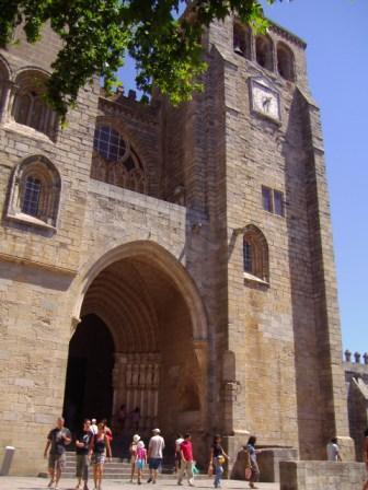 Évora:  romanos, árabes y cristianos ( II )