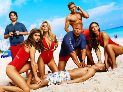 'Baywatch: Los vigilantes de la playa', tráiler final de una comedia que coge lo mínimo de la serie