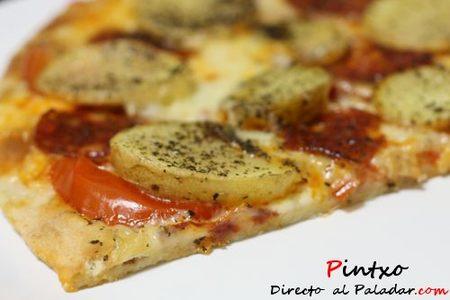 Pizza de chorizo y patatas. Receta