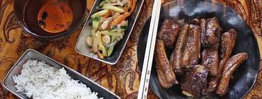 Costillas de cerdo caramelizadas y hortalizas con almendras, receta fácil y rápida