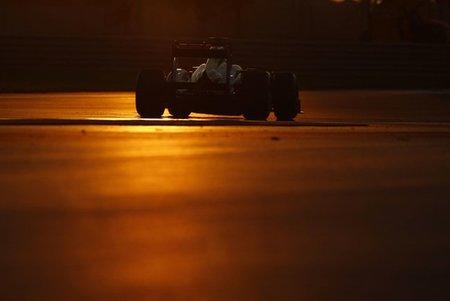 GP de Abu Dhabi F1 2011: gran victoria de Lewis Hamilton, segundo para Fernando Alonso