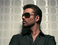 George Michael arrestado en...¡un urinario!