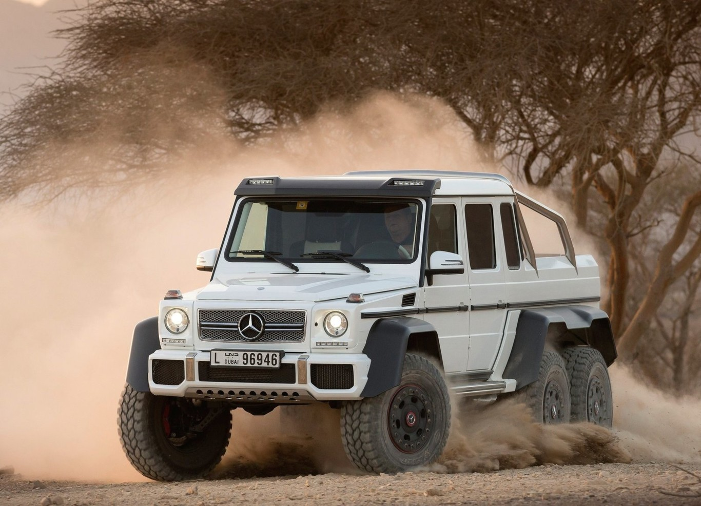 De Seis Ruedas El Mercedes Benz Clase G 6x6 Ya Esta En Mexico