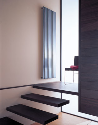 Piano, un radiador para los que tienen poco espacio