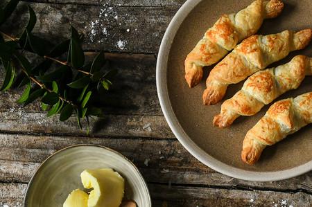 Un croissant perfecto: todo lo que necesitas saber para prepararlo en casa
