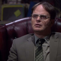 'The Office': Dwight entra en 'Matrix' en esta hilarante escena eliminada del final de la serie