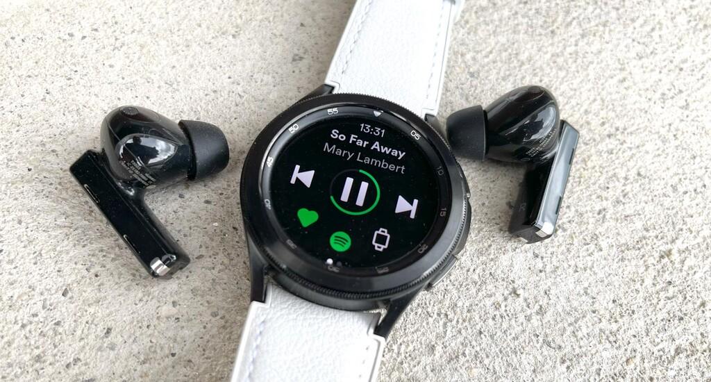 Cómo descargar la música de Spotify a un reloj Wear OS para escucharla offline y sin el móvil
