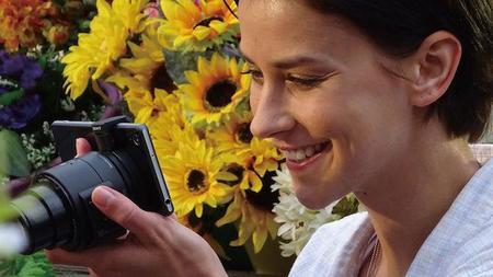 Sony QX30, la renovación de la cámara adaptable para nuestro móvil llega a México