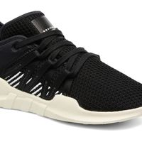 50% de descuento en las zapatillas deportivas Adidas Originals Eqt Racing Adv W: se quedan en 65 euros en Sarenza