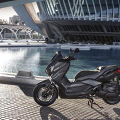Foto 11 de 15 de la galería yamaha-x-max-400-momodesign-en-accion en Motorpasion Moto