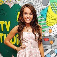 Miley Cyrus, de Alice+Olivia, en la MTV