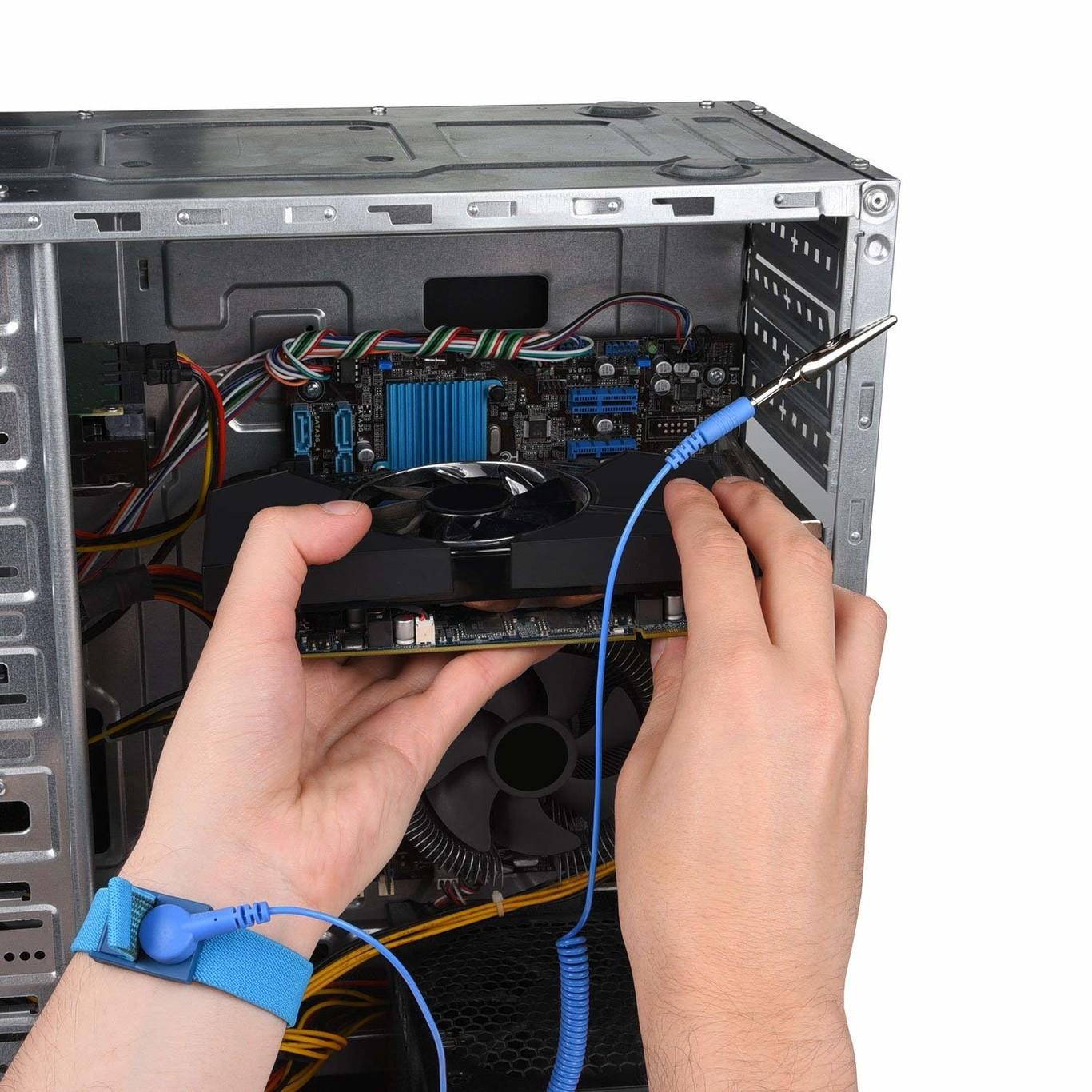 Pulsera para limpiar el ordenador