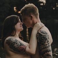 Cómo la bonita sesión de fotos de una pareja se ha convertido en viral por su espíritu body positive