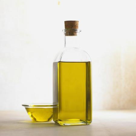 El aceite de oliva, mejor si es de nueva cosecha